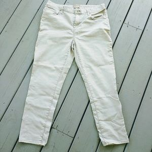 Chico's Linen Colored Jeans